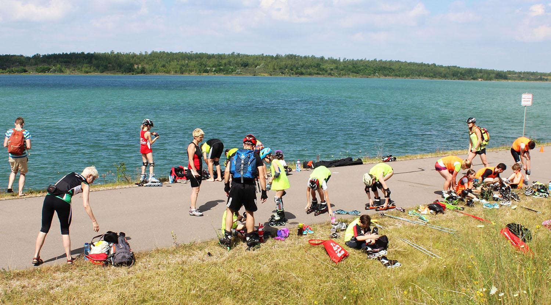 nun geht es im zweiten Wechselgarten auf die Skiroller für die Großen bzw. Inliner für die Kleinen - auch hier kam es wieder auf Teamwork an